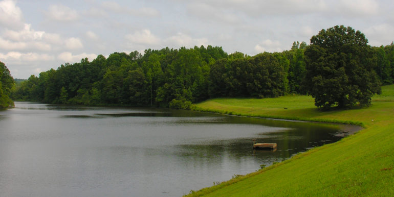 waterfront property in prince edward county